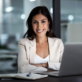 photo of a professional woman smiling | Flournoy Wealth Management